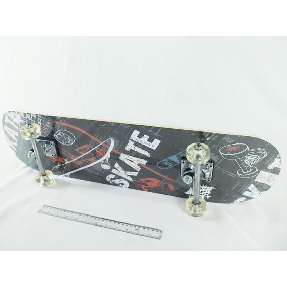 Skate com Lixa com Estampas Radicais
