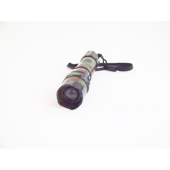 Lanterna LED SWAT 2 Carregadores e Bateria Bivolt